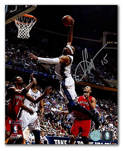 df1e58778f6 Vince Carter New Jersey Nets Autographed Signature Playoffs Dunk vs Raptors  8x10 Photo - COA Included
