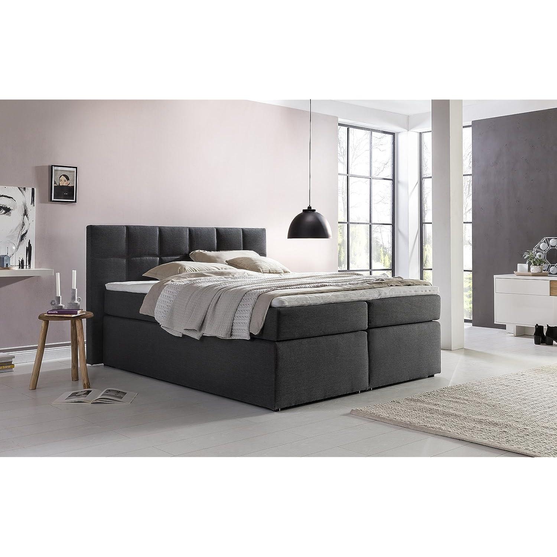 Furniture for Friends Bea