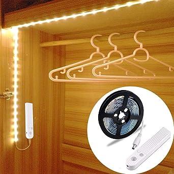 Tiras Leds Iluminación, OriFiil 45LED 1.5M Luz Armario Luces LED Nocturna con Sensor de Movimiento para Pasillo Baño Cocina Escalera (funciona con 4 pilas AAA, No Incluidas) (150CM): Amazon.es: Iluminación