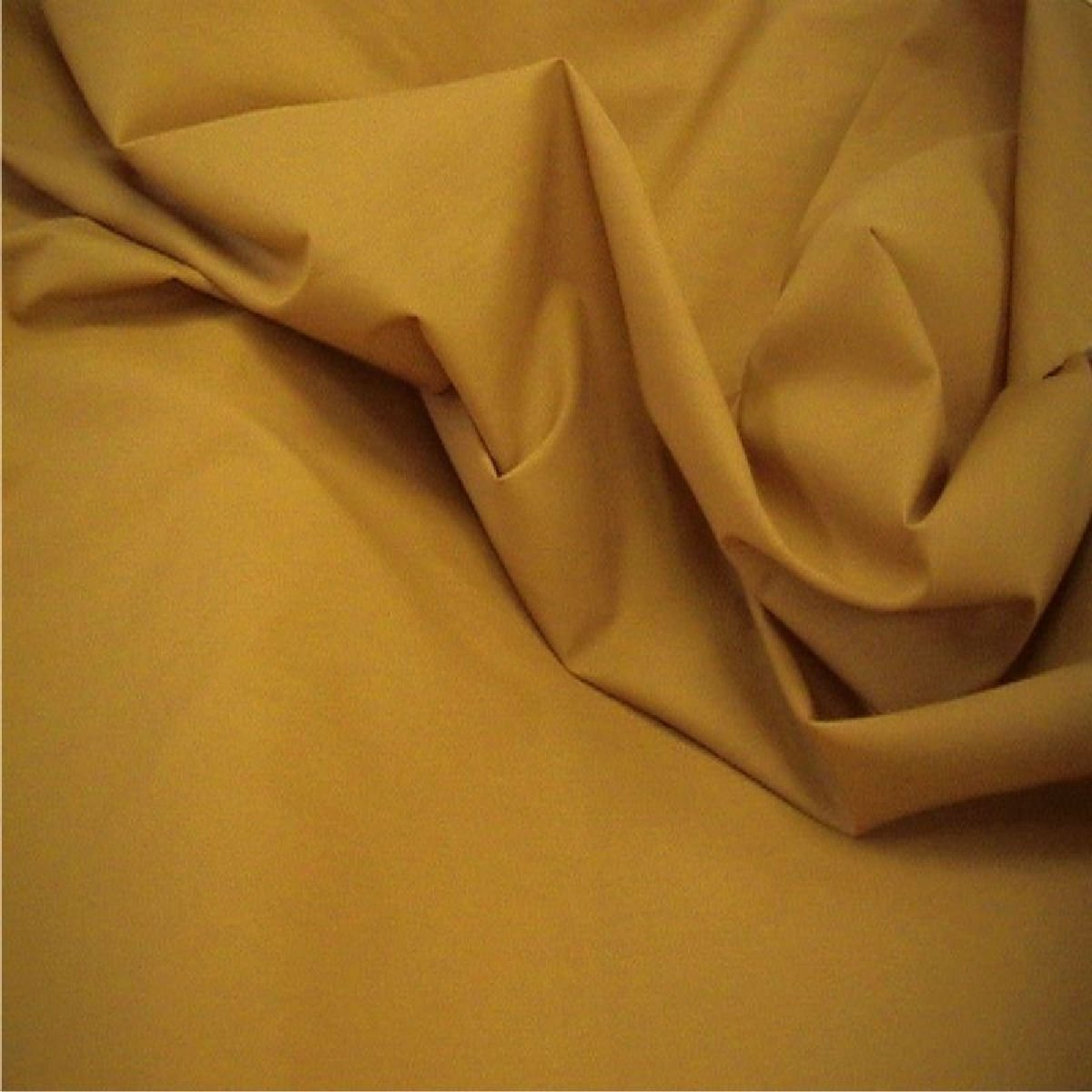 White Plain Polycotton Fabric 114 cm width  free p/&p Poplin Fabric