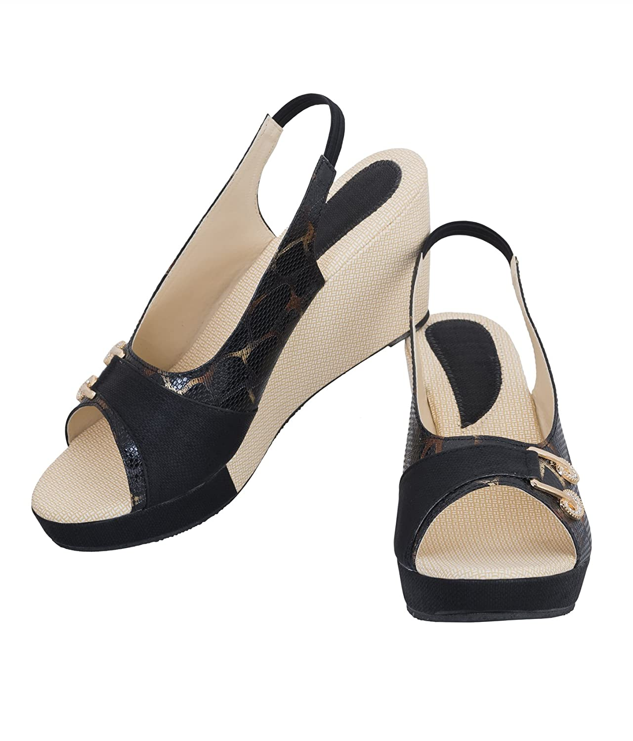 f07a151e1af Juti Kasoori Sandal for Women Casual Stylish Heel Sandals New Collection  Party Wear Casual Wear Sandals for Women   Girls by  Buy Online at Low  Prices in ...