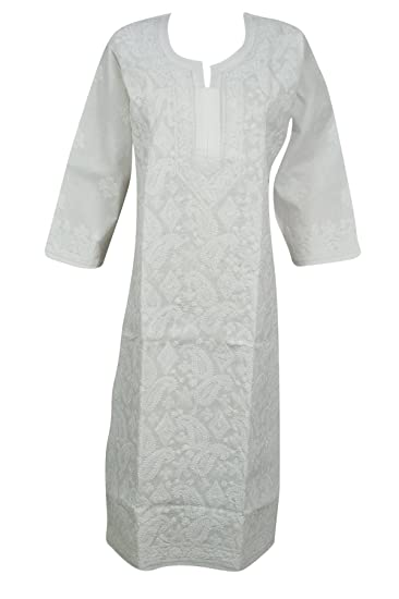 b95531d37668 Mogul Interior Women Long Tunic Dress White Cotton Paisley Hand Embroidered  Beach Cover up Caftan Dresses M  Amazon.co.uk  Clothing