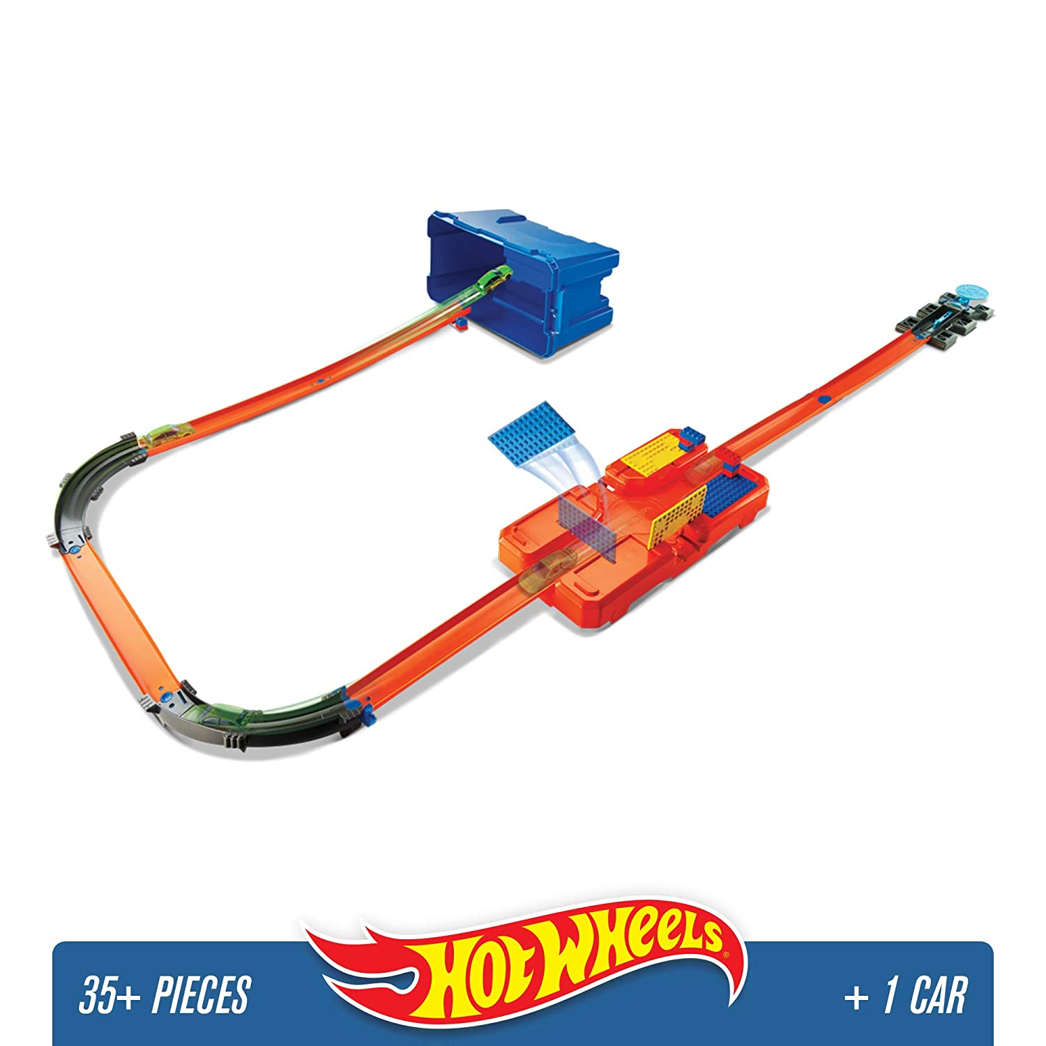 Hot Wheels DWW95 Track Builder Stunt Box, Connectable Tracks and Mini Toy Car with Track Set Mattel