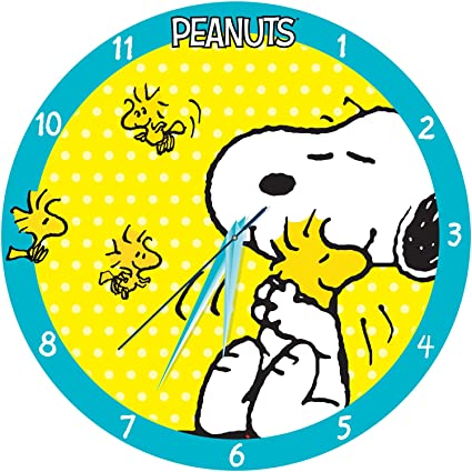 c98bd4dd388a06 Amazon.com  Peanuts 13.5 Wood Wall Clock 85089  Home   Kitchen