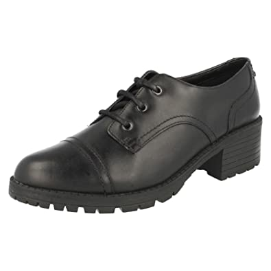 Clarks Senior Girls Bootleg School Shoes Musca Step Black Leather Size 3.5G   Amazon.co.uk  Shoes   Bags 5bac7b9ba