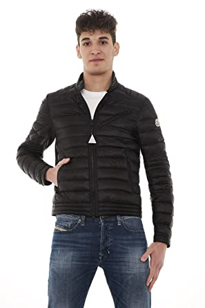 8587300ff Amazon.com: Moncler Men's Rayot Black Lightweight Jacket 2: Clothing