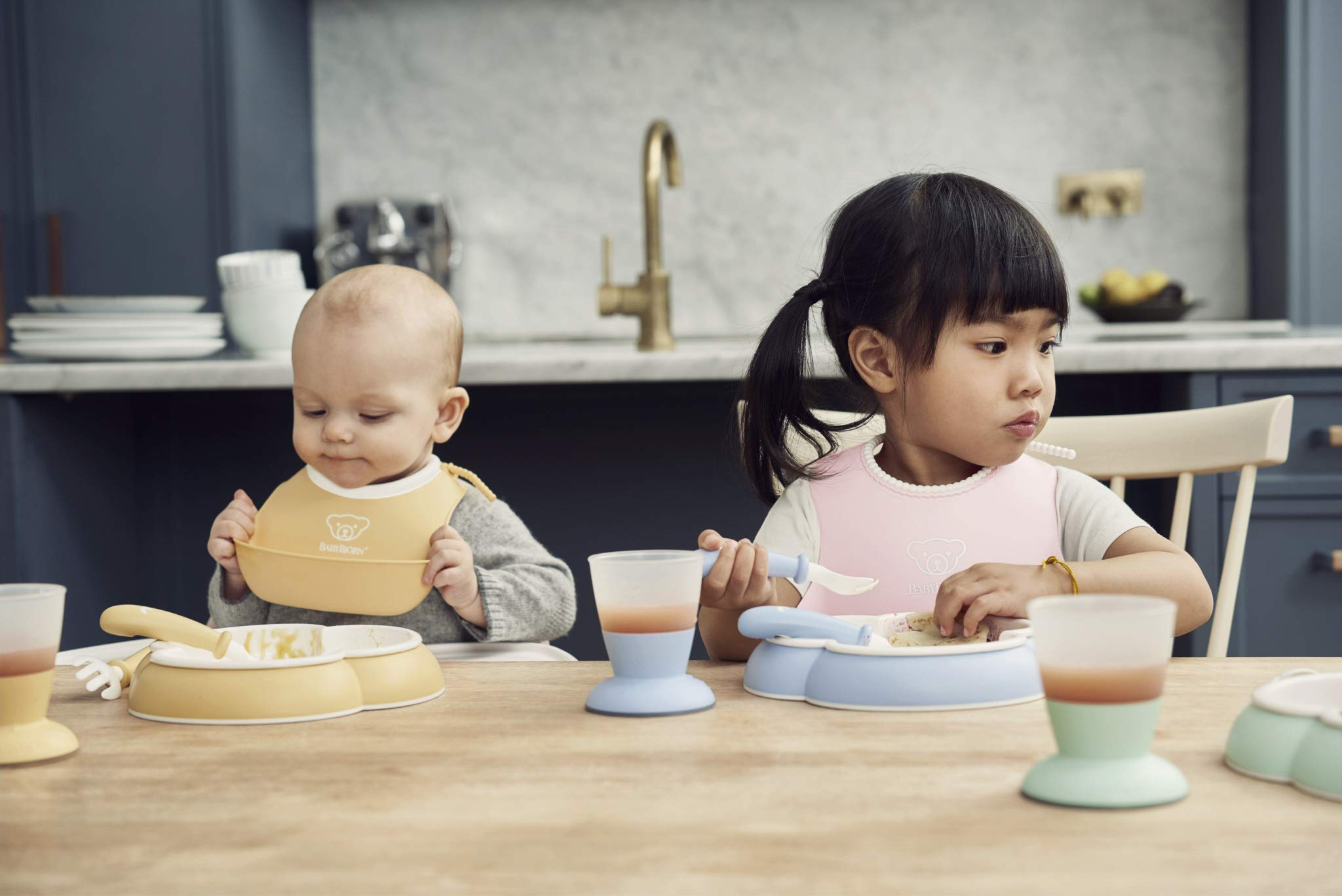 BABYBJORN Baby 2 Piece Plate, Spoon and Fork, Powder Blue by BabyBjörn (Image #3)