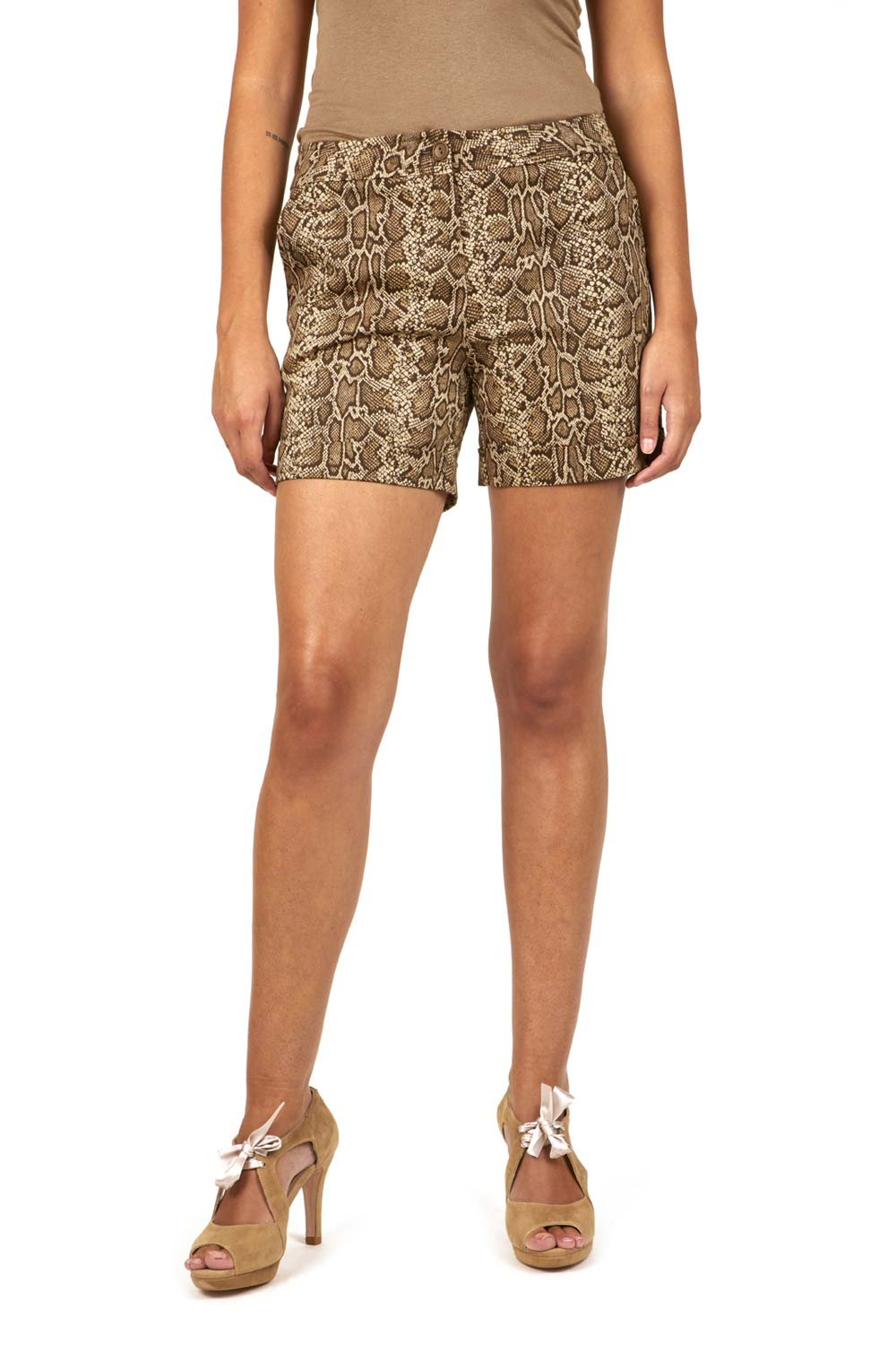 Womens Nicole Beige Bermuda Shorts Divina Providencia Cheap Sale Discount Quality Free Shipping For Sale 52dJx