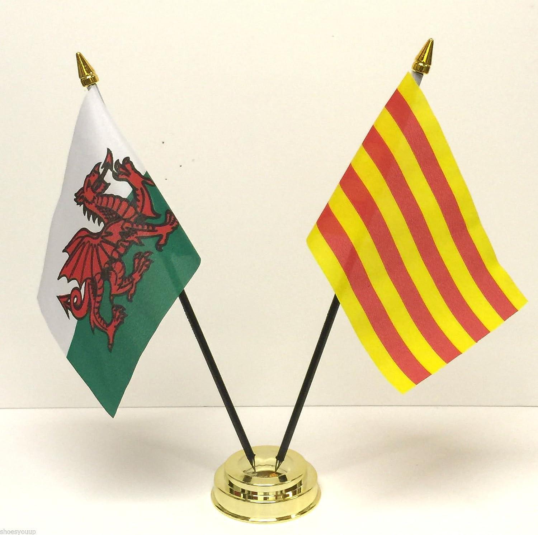 De Gales Felpudo de fibra de y Cataluña bolas de cristal de la bandera de España doble juego de banderines de mesa + Base: Amazon.es: Hogar
