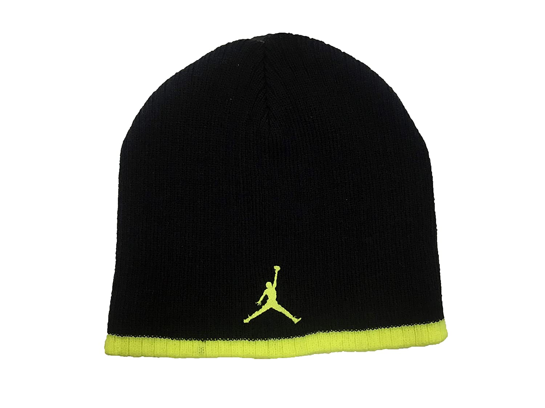 a1535f06e91 Amazon.com  Jordan Jumpman 23 Boys  Knit Beanie  Sports   Outdoors
