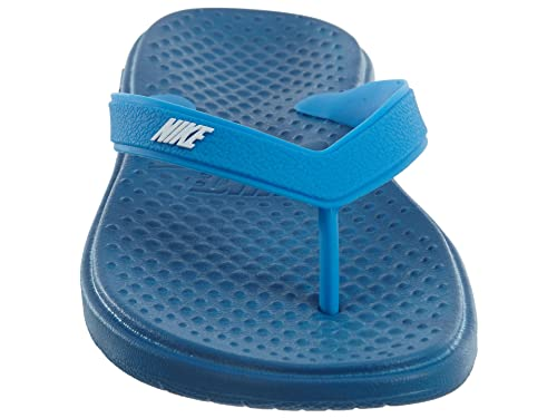 new york 2bec6 9b63d Amazon.com   NIKE Solay Thong Big Kids Style   882827-400 Size   11 Y US    Slippers