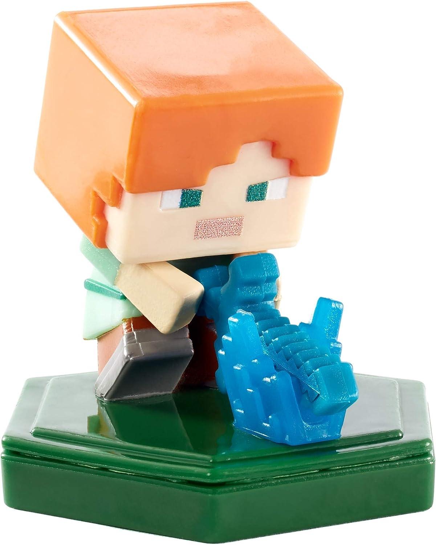 Amazon.com: Minecraft: Earth Boost Minis - Attacking Alex Figure