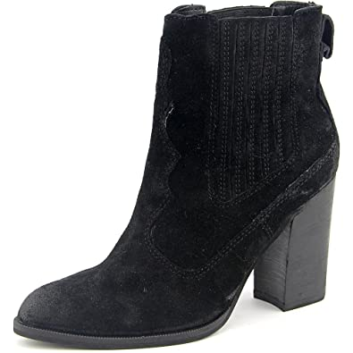 ffdb6c26e6 Amazon.com | Dolce Vita Women's Conway Booties | Ankle & Bootie