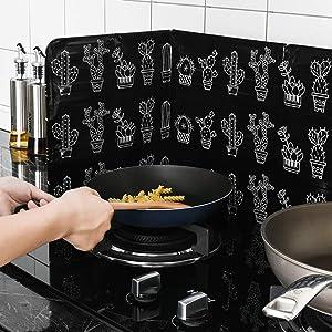 Transer Oil Splash Guard, Folding Kitchen Stove Aluminum Foil Plates Non-stick Splatter Shield Oil Baffle Plate Preventor, Keeps Cooking Surfaces, Counters, Stove, Walls and Floors Clean (Black)