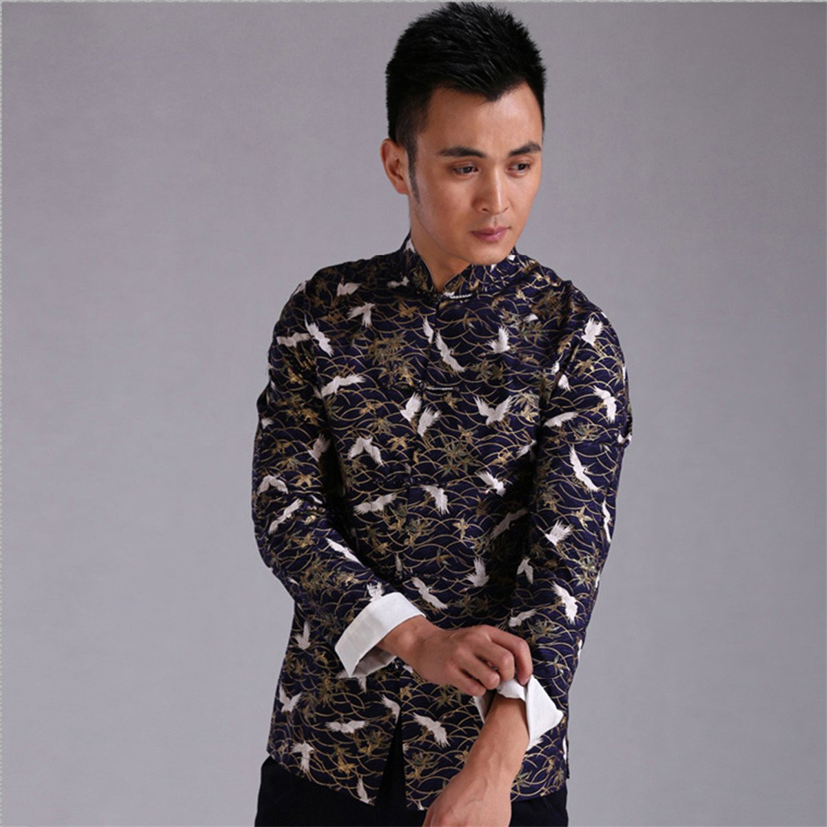 WEISAN Men Chinese Retro Crane Pattern Stand Collar Cotton Kung Fu Costume Jacket by WEISAN (Image #2)