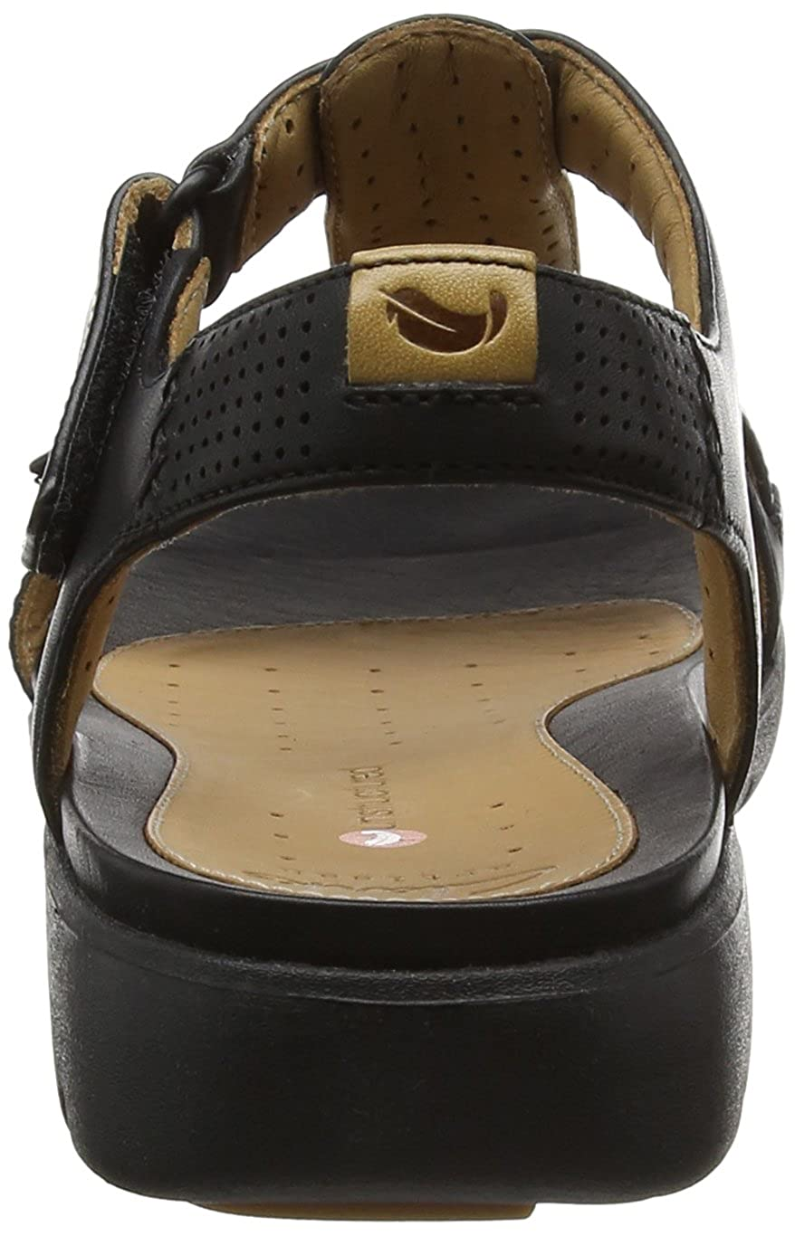 885ef4e3607fc Clarks Women s Un Haywood Wedge Heels Sandals  Amazon.co.uk  Shoes   Bags