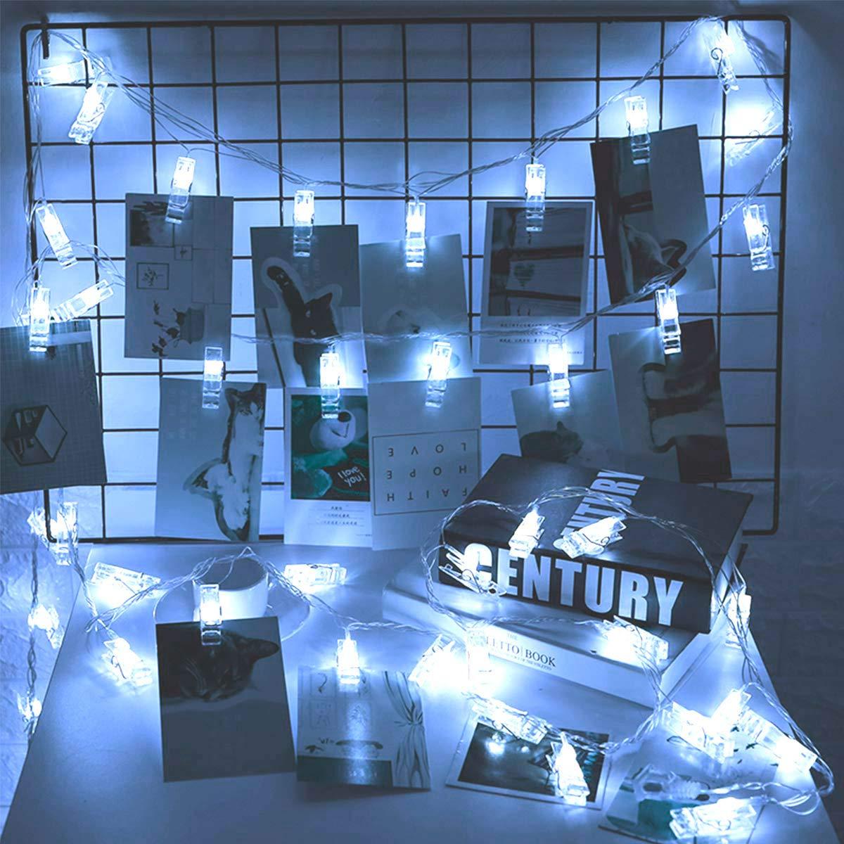 Luci Decorativa per il Soggiorno Luci Led Bianco con Telecomando 8 Modi di Lampeggiata Luci Stringa a Batteria con 40 Foto Clip Qedertek 6.3M 40 LED Luci con Mollette per Foto Camera da Letto
