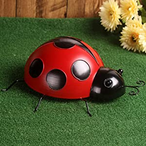 Metal Ladybug Wall Decor, Yard Fence 3D Ladybug Sculpture Ornaments, Cute Spring Indoor Outdoor Metal Garden Accents Country Decorative Wall Decoration