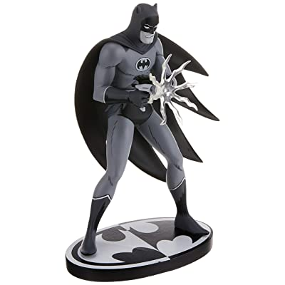 DC Collectibles Batman Black & White: Batman by Jiro Kuwata Resin Statue: Toys & Games