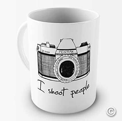amazon com i shoot people camera photography novelty funny mug tea