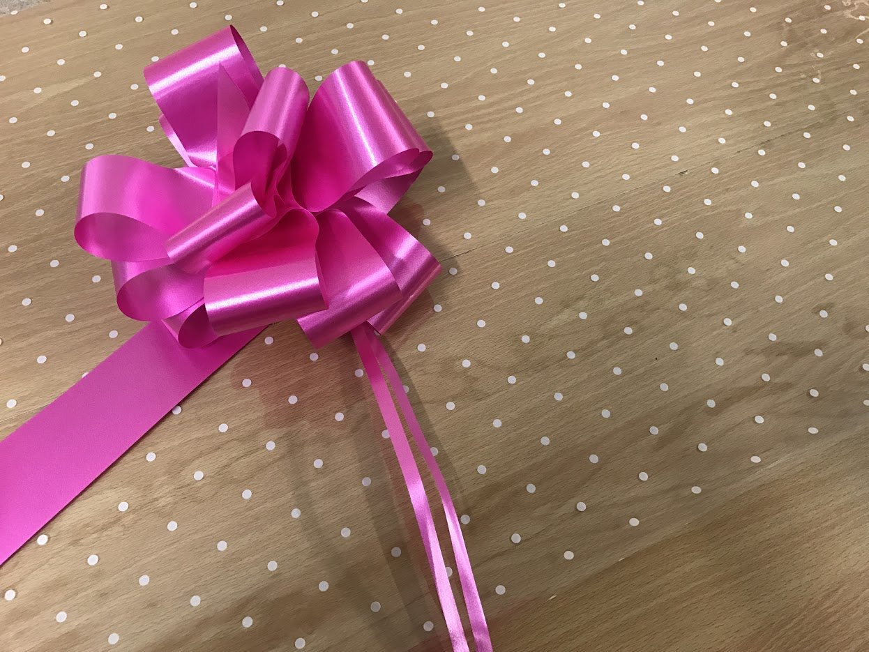 Baby Girl Cellophane Gift Wrap Baby with FREE Pull Bow Curling Ribbon /& Card