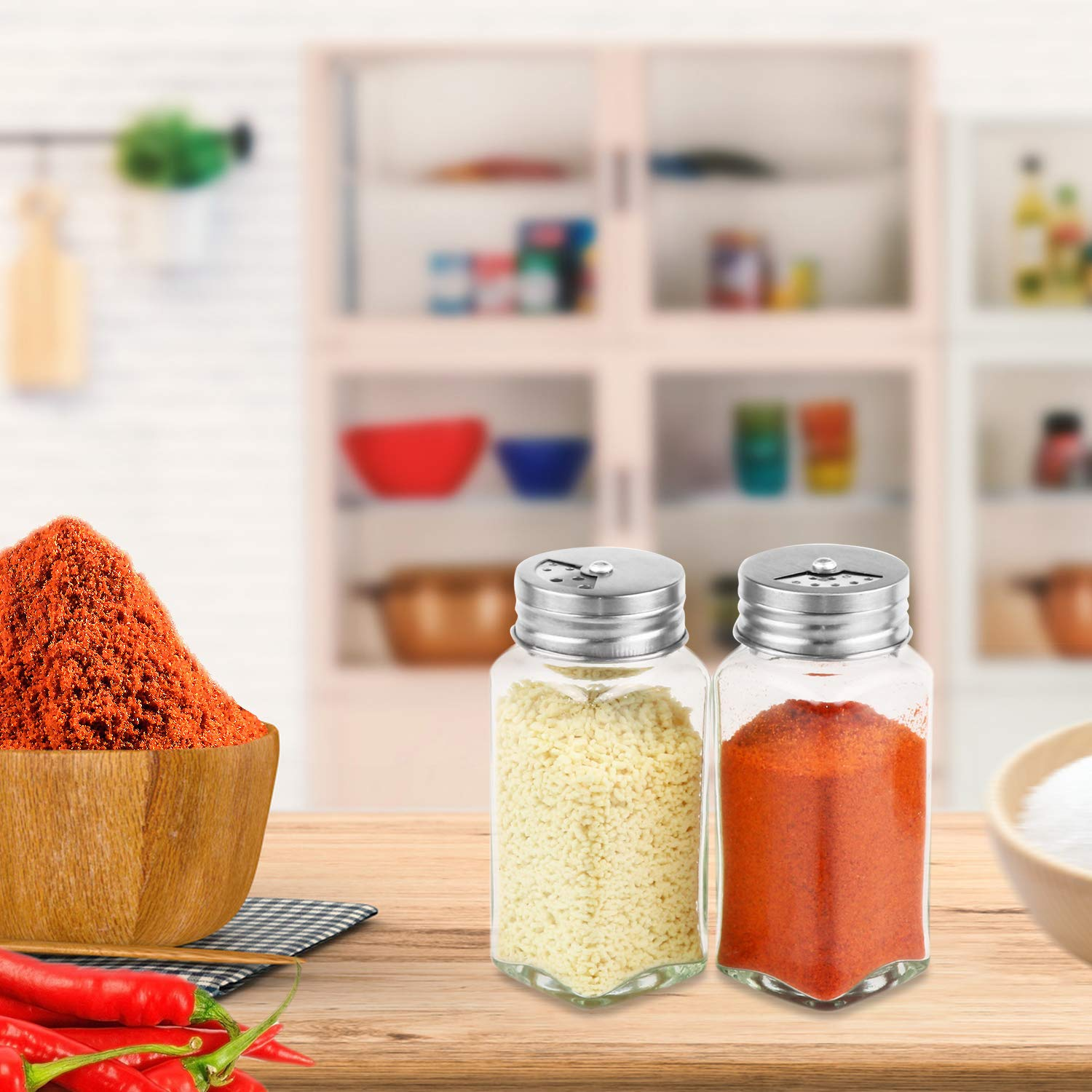 Pour//sift Shaker Lid Equipped with Silicone Funnel With Screw cap Nozama 2pcs Glass Spice Jars 4oz Square Spice Bottles