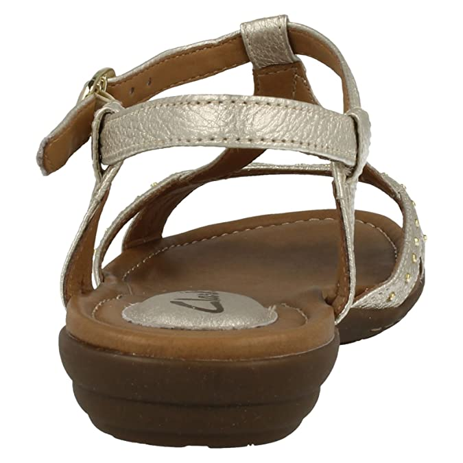 f4f3c0ac18e Clarks Ladies Summer Strappy Sandals Roya Hannah - Gold Leather - UK Size  8D - EU Size 42 - US Size 10.5  Amazon.co.uk  Shoes   Bags