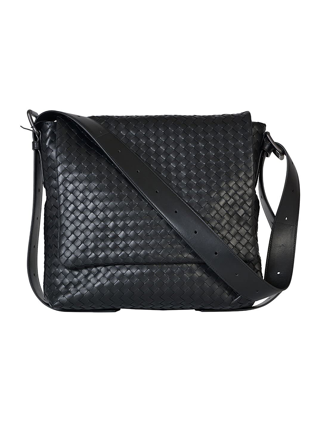 636009e50d800 Bottega Veneta Men s 406275VQ1311000 Black Leather Messenger Bag   Amazon.co.uk  Clothing