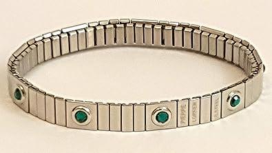 8mm Emerald Bracelet