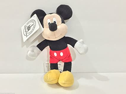 Amazon Com Disney Parks 4 Mickey Mouse Magnet Plush Doll Toys Games