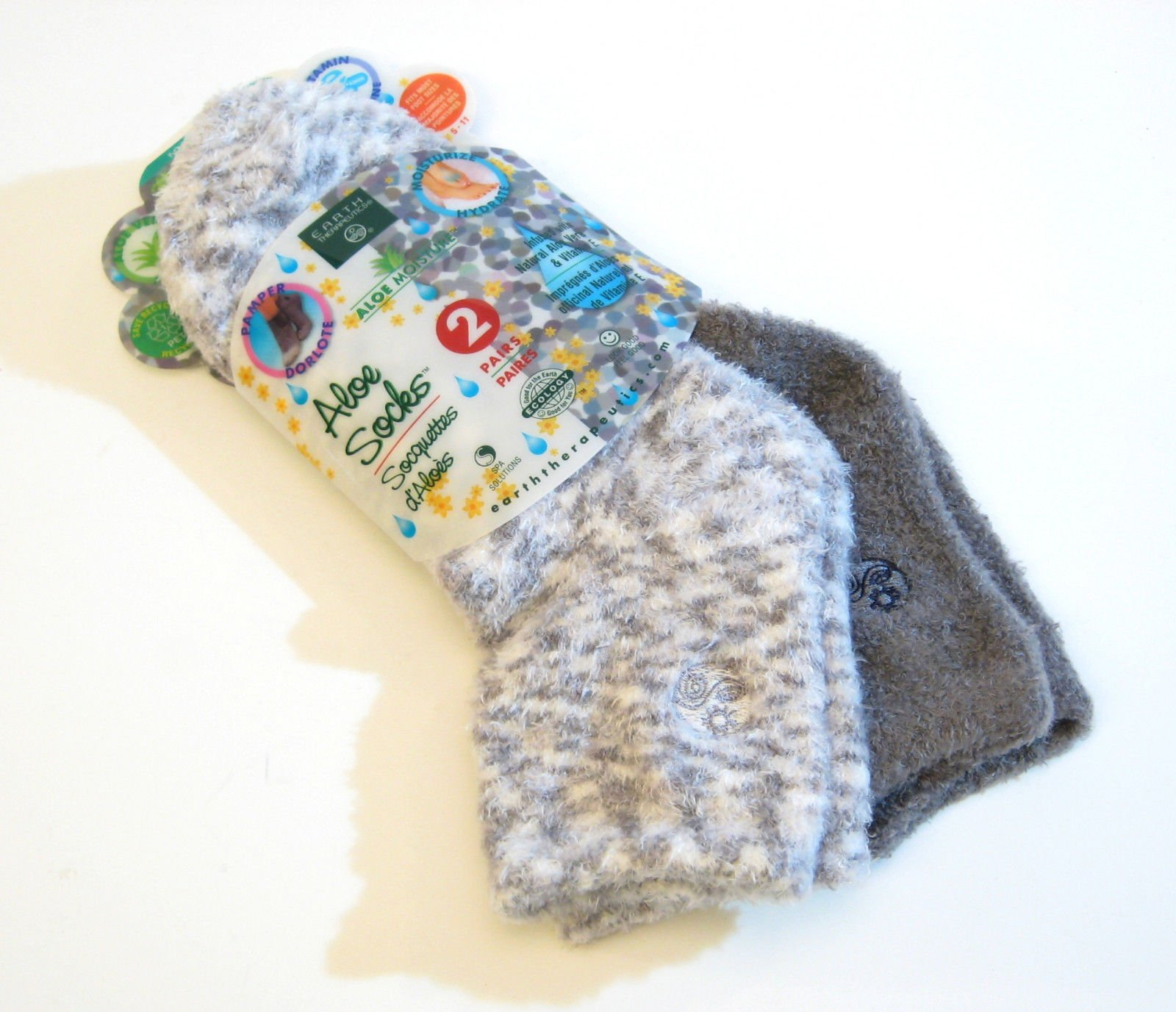 Aloe Moisture Socks by Earth Therapeutics, 2 Pack: Gray, Plaid, Infused with Natural Aloe Vera Vitamin E
