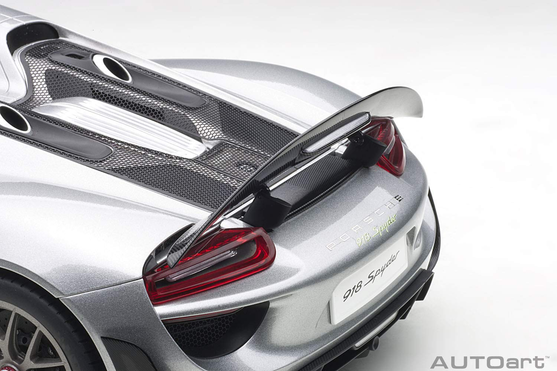 Amazon.com: AUTOart Porsche 918 Spyder Weissach Package Silver 1/12 Model Car 12123: Toys & Games