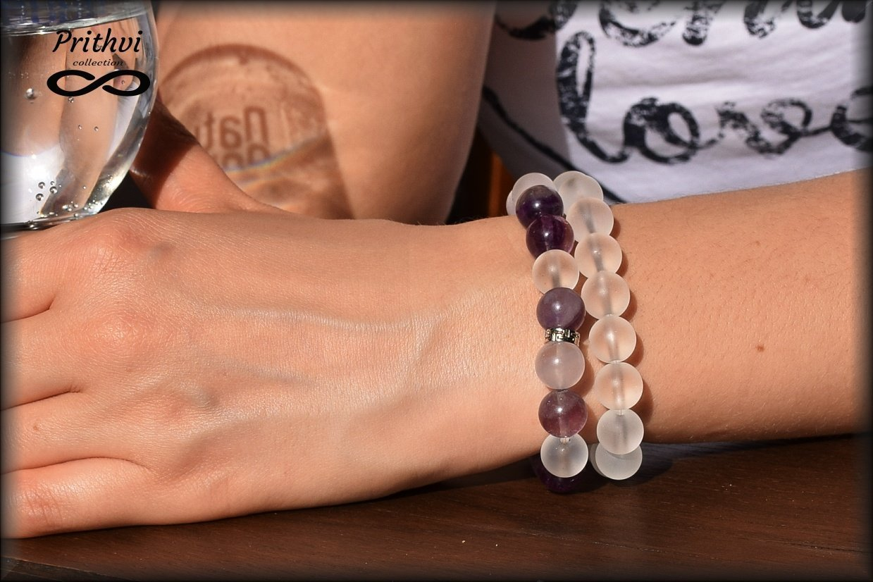 """Dos pulseras - Elemento éter - Amatista, Fluorita, Cuarzo con """"efecto esmerilado (10 mm)"""