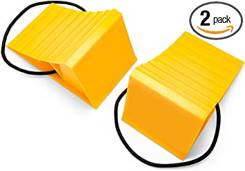 """New Camco Wheel Chock 2 Pack Trailer Camper Rv Durable Hard Plastic 26/"""" Tires"""