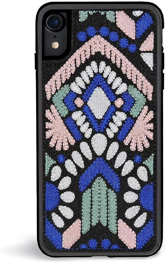 Чехол для смартфона вышивкой: способы декорирования