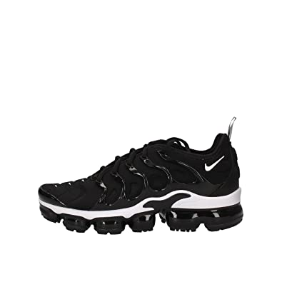 new product 1dbb2 41ec0 Amazon.com: Nike Air Vapormax Plus: Shoes