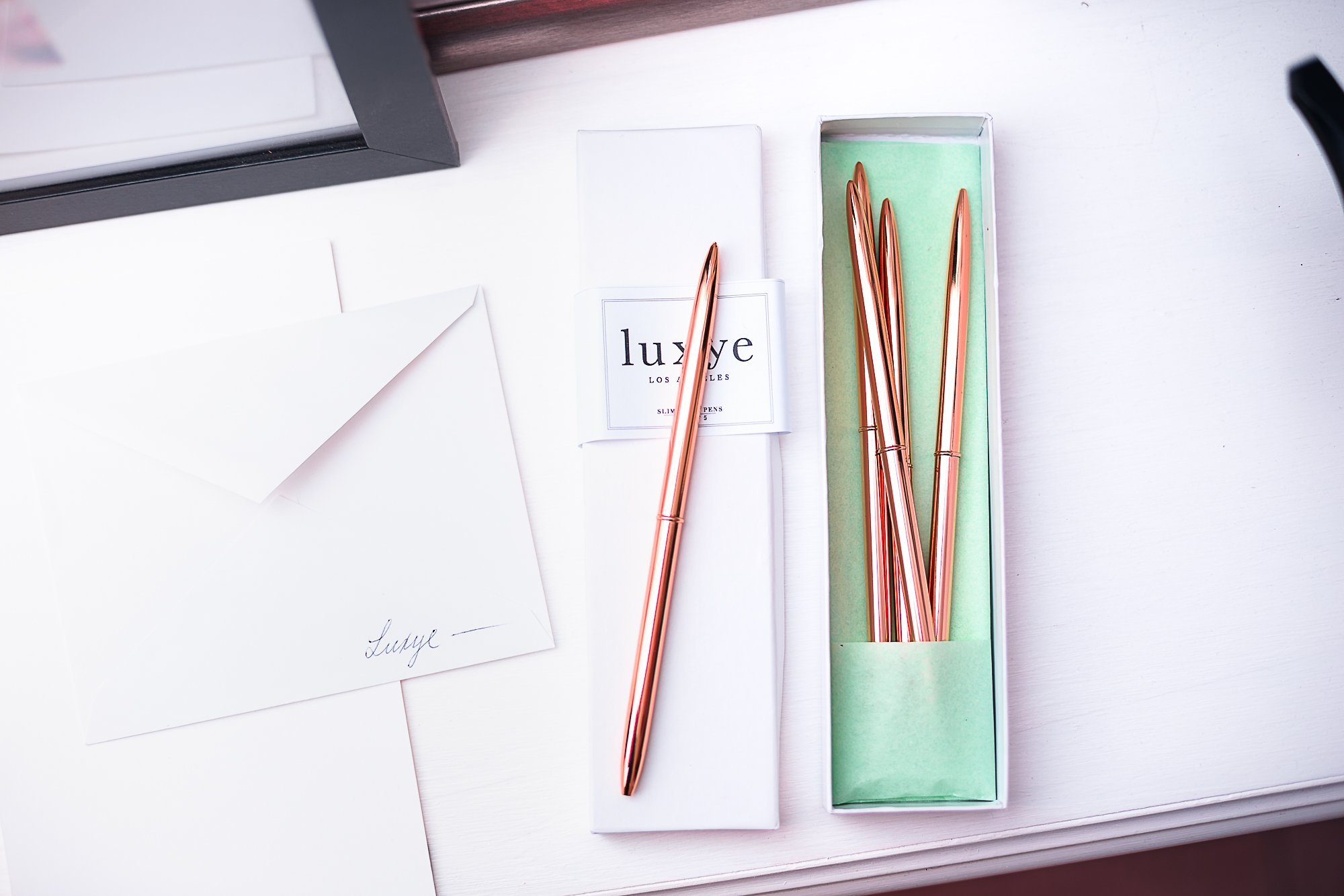 Rose Gold Pens 6 Piece Pen Set - Lightweight Rose Gold Metal Ballpoint Pen in Black Ink in White Glossy Gift Box - Rose Gold Office Decor Supplies (Rose Gold / Black Ink) by Luxye (Image #5)