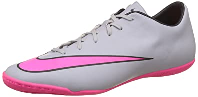 nike soccers shoes grey pink