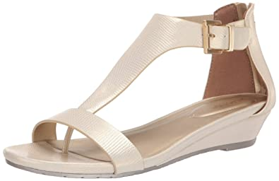 04906fba2cf4 Amazon.com  Kenneth Cole REACTION Women s Great Gal Wedge Sandal  Shoes