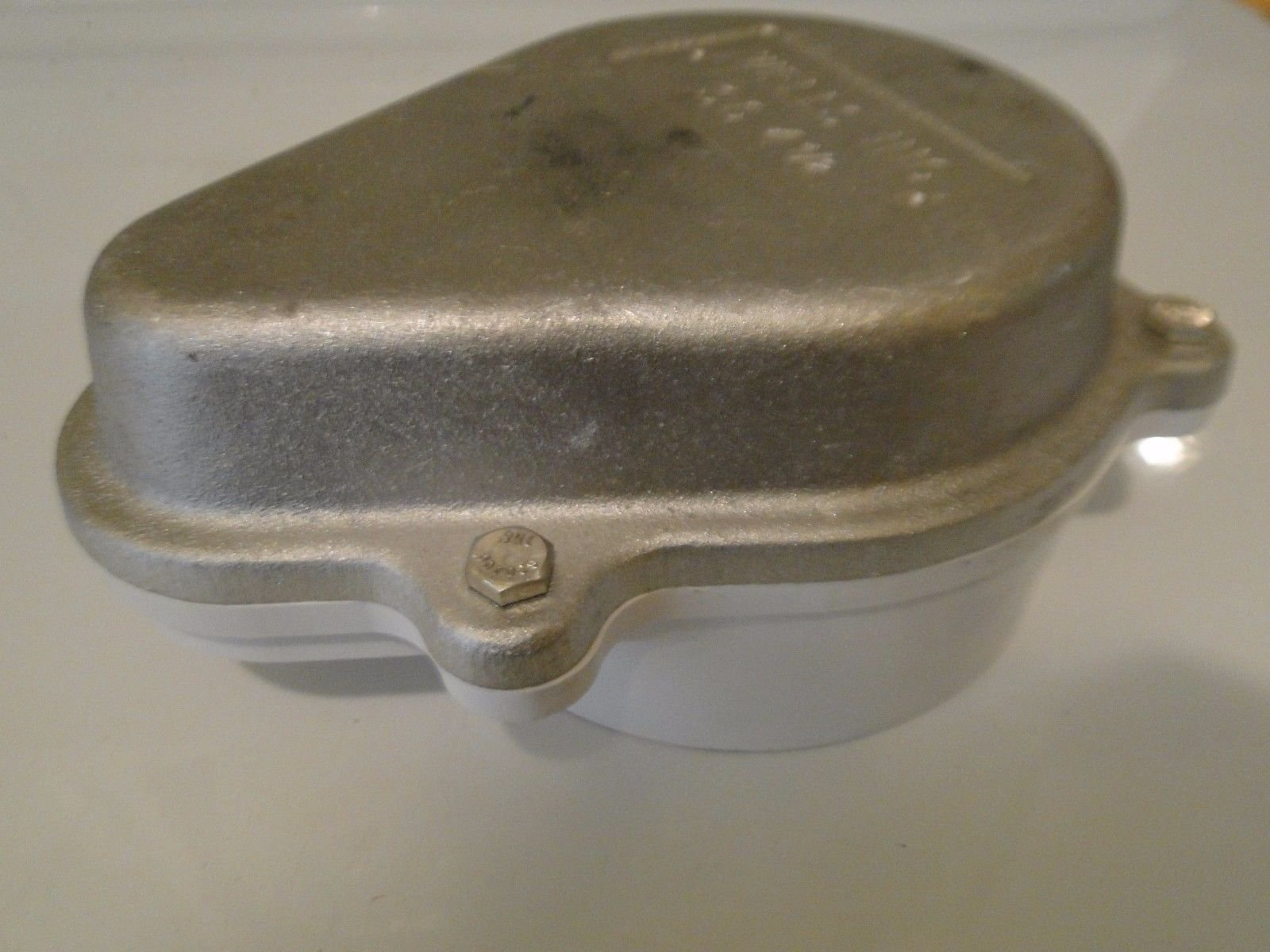 WELL CAP 4.5 4 1/2'' WATER TIGHT PVC / ALUMINUM / ABS VENTED CAMPBELL SC-4 1/2