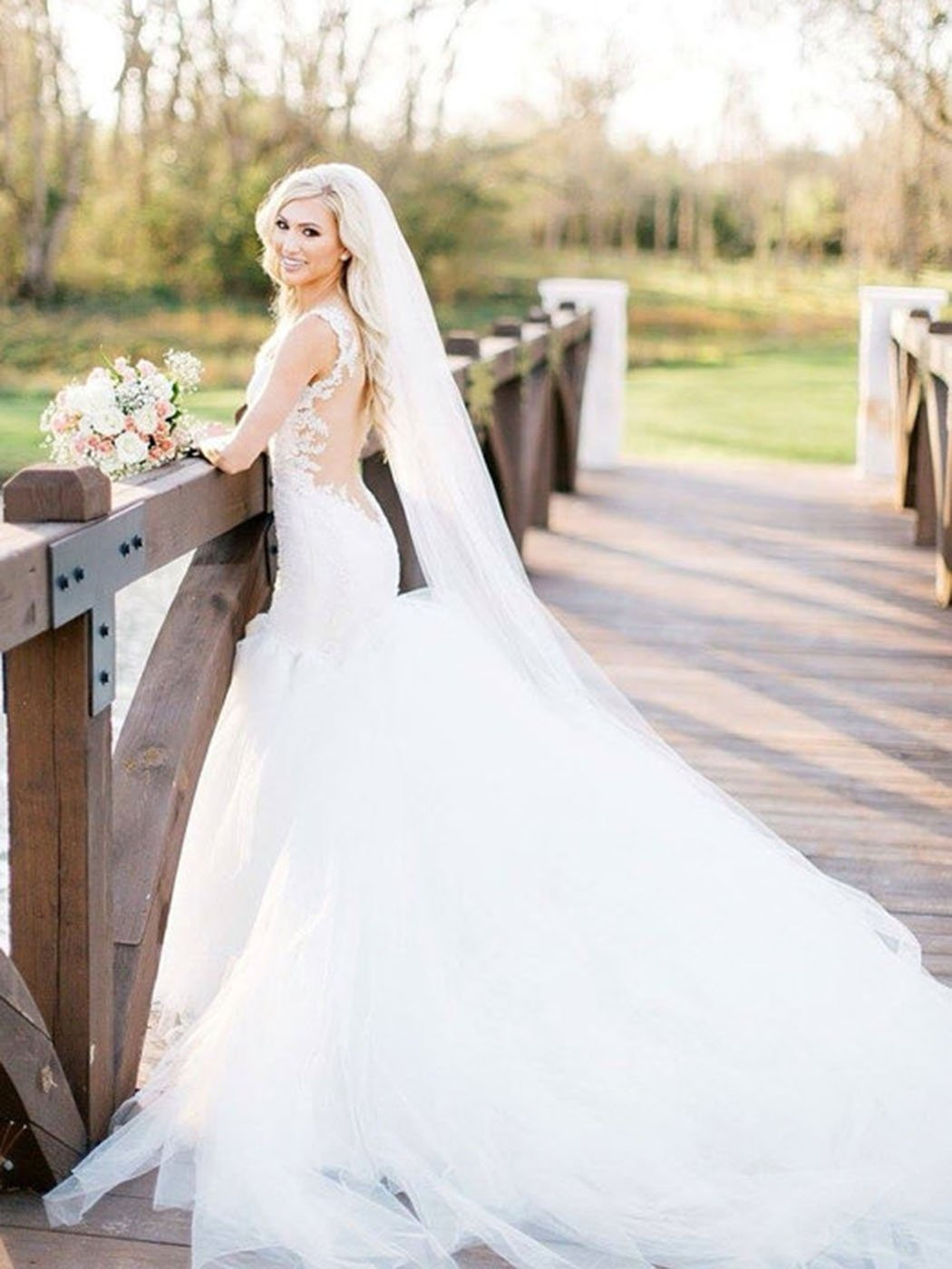 Barogirl Wedding Veil Comb Bridal Cathedral Veil 1 Tier Drop Veil Wedding Rhinestones Hair Comb For Brides 118 Inches White