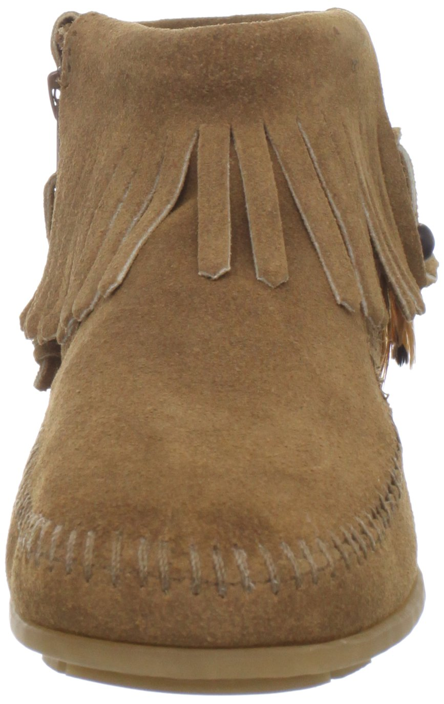 Minnetonka Women's Concho/Feather Side Zip Boot B00742SOIM 6 B(M) US|Taupe