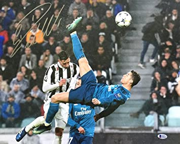 Cristiano Ronaldo Signed 16x20 Real Madrid vs Juventus 2018 Champions League Bicycle Kick Photo BAS