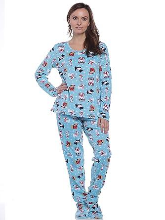f1e83e199 Pillow Talk Women s Fleece Footed Pajamas at Amazon Women s Clothing ...