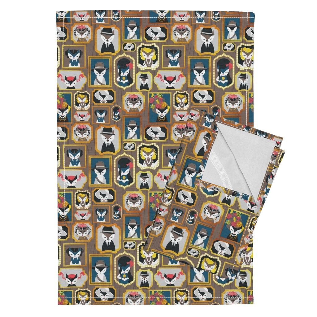 Roostery Cats Kitties Famous Celebrities Frames Golden Center Stage Tea Towels Cats Wall of Fame Ii Small by Selmacardoso Set of 2 Linen Cotton Tea Towels