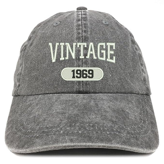Amazon.com: Trendy Apparel Shop Vintage 1969 Gorra de ...
