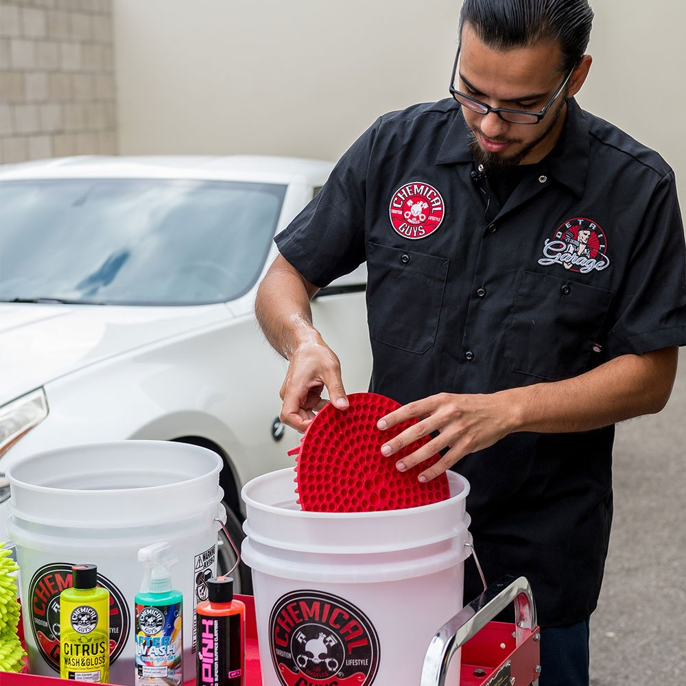 Chemical Guys HOL129 Best Two Bucket Wash and Dry Kit (11 Items), 16. Fluid_Ounces, Pack by Chemical Guys (Image #3)