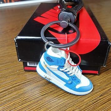 Amazon.com: Llavero 3D Sneaker coche llavero grande niños ...