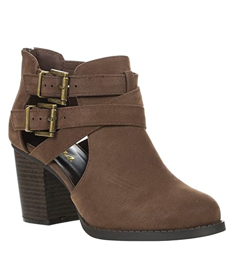 Womens Scribe Ankle Bootie With Low Heel And Cut-Out Side DesignUS8/BRN NBPU