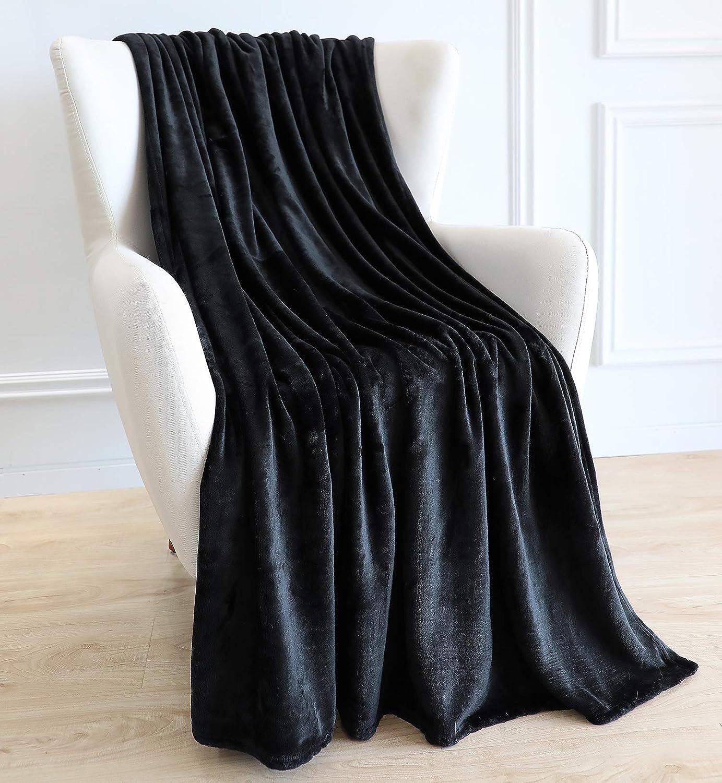 BAICOSE Flannel Fleece Throw Blanket, Super Soft Cozy Microfiber Couch Blankets for All Season, 50x70 Inches Black